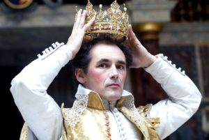Mark Rylance as Richard II at Shakespeare's Globe, 2003